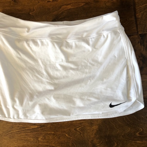Nike Dresses & Skirts - Nike dri-fit tennis skirt